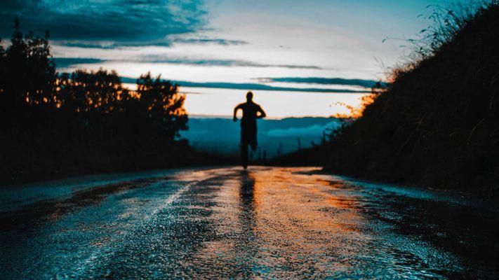 Wat gebeurt er als je de onrust niet meer ontloopt, maar juist onder ogen komt?